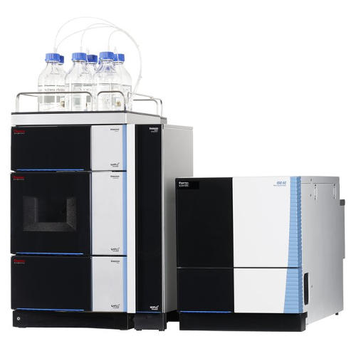 Obr. 1: UHPLC systém Vanquish s DAD a MS detektorem ISQ EC.