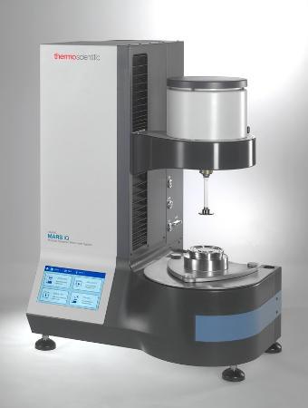 Obr. 1: HAAKE™ MARS™ iQ Rotational Rheometer