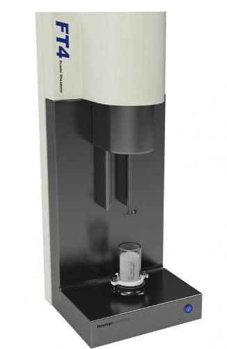 Obr. 1: Práškovy reometr FT4 Powder rheometr