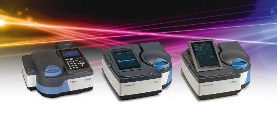 Obr. 1: – GENESYS 30-180 - zcela nové modely Vis a UV-Vis spektrofotometrů řady Genesys – výjimečný výkon s moderním designem .