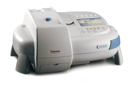Obr. 1: Thermo Scientific UV–VIS spektrofotometer série Evolution™ 200